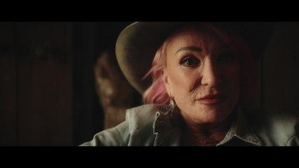 Tanya Tucker - The Wheels of Laredo
