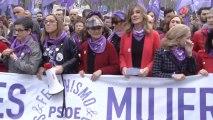 Líderes del PSOE en la manifestación del 8-M, donde también estuvo Begoña Gómez