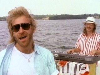 The Oak Ridge Boys - Gonna Take A Lot Of River