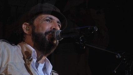 Juan Luis Guerra 4.40 - Ojala Que Llueva Café