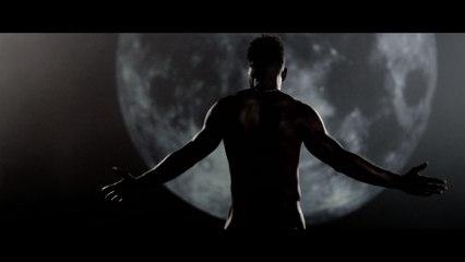 Luke James - Dancing In The Dark