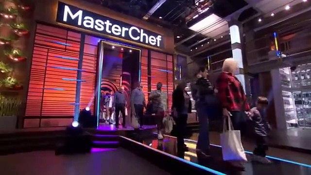 Masterchef - S10E01 - The Epic 10th Season Auditions - Pt. 1 - May 29, 2019 || Masterchef (05/29/2019)
