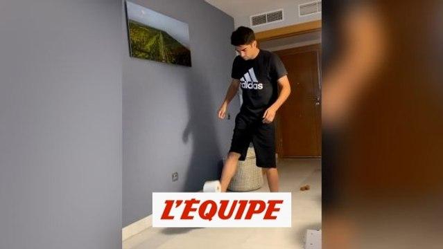 Enzo Zidane jongle avec du papier toilettes - Foot - Coronavirus - WTF