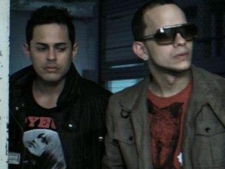 Angel Y Khriz - Maltrátame