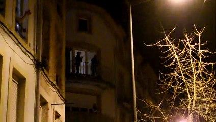 Coronavirus : les Spinaliens applaudissent à leur fenêtre pour montrer leur support au personnel hospitalier