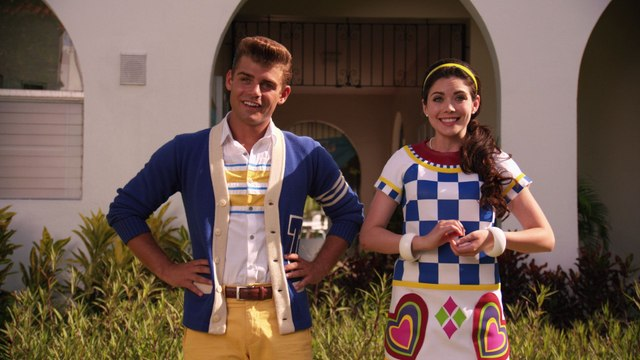Teen Beach 2 Cast - Twist Your Frown Upside Down