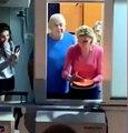 En plein confinement, ses voisins lui font une surprise pour son anniversaire