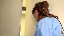 İtalya'da bir muhabir koronavirüs hastalarının bulunduğu hastaneye girdi