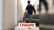 Au jeu du stay at home challenge, Mastour est encore plus technique que Messi - Foot - WTF