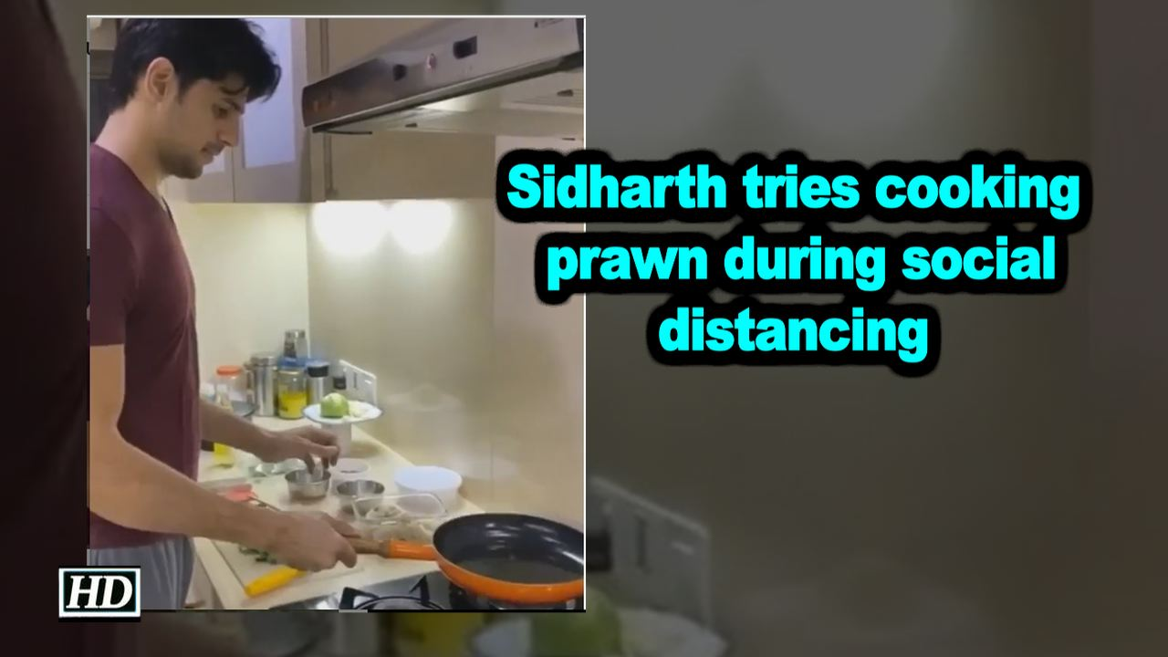 Sidharth tries cooking prawn during social distancing
