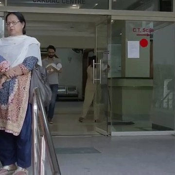 Aek Accident Ne Hum Sab Ko Be Naqab Kar diya -- Ruswai  Best Scene  -- ARY Digital.