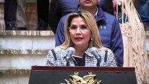 Bolivia decreta cuarentena total y aplaza elección presidencial