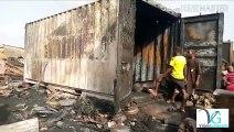 Plusieurs conteneurs incendiés à Wanindara