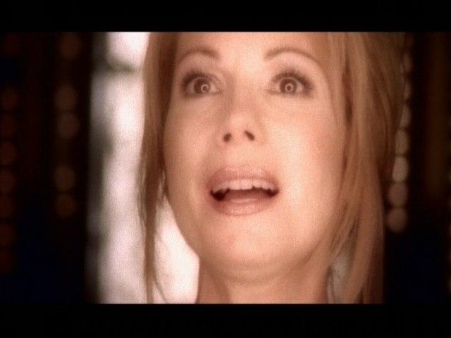 Kathie Lee Gifford - Love Never Fails