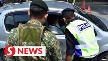 Covid-19: Cops and soldiers jointly manning roadblocks in Klang Valley