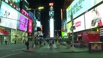 Coronavirus: les rues de Manhattan presque vides