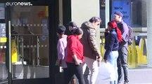 L'épidémie de coronavirus progresse en Europe, les pays durcissent leurs mesures