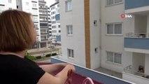 Komşuluk ilişkilerine balkondan balkona korona tedbiri