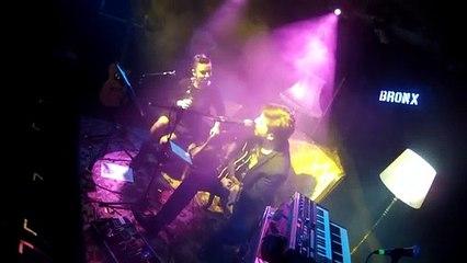 Doğan Duru & Fatma Turgut - Nefes Bile Almadan (Akustik Performans)   Bronx Konseri