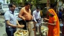 इंदौर सांसद शंकर लालवानी का अनूठा कदम, गरीबों को वितरित किया खाना