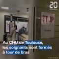 Coronavirus: A Toulouse, le CHU forme ses soignants à tour de bras