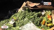 Pasar Borong KL terjejas, peniaga terpaksa buang sayur-sayuran