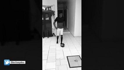 Neymar, Mbappé, Sterling : il imite la gestuelle des stars du foot