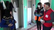 'Kuzularıma Yem İstiyorum' Dedi, Görevliler 'Torunları' Sanıp Evine Yardım Kolisi Getirdi