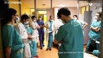 Coronavirus : l'Île-de-France, en situation critique, a peur de manquer de soignants