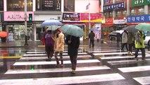 [날씨] 비 뒤 오후 갬...쌀쌀한 주말 / YTN