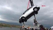 KAHRAMANMARAŞ 'Dur' ihtarına uymadılar, otomobil çaya uçtu: 1 ölü, 1 yaralı