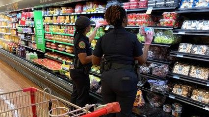 Cops In Florida Are Running Errands For Seniors