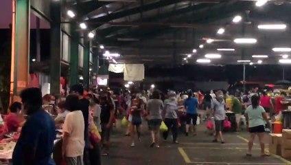 Crowded Selayang Jaya wet market