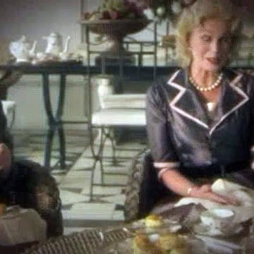 Agatha Christies Marple S05E04 The Mirror Crack'd from Side to Side