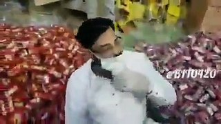 Amir liaquat angry from PTI's social media users