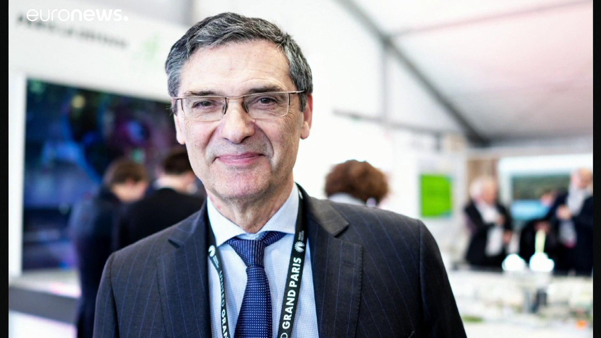 فيروس كورونا يغيّب الوزير الفرنسي المحافظ السابق باتريك ديفيدجيان