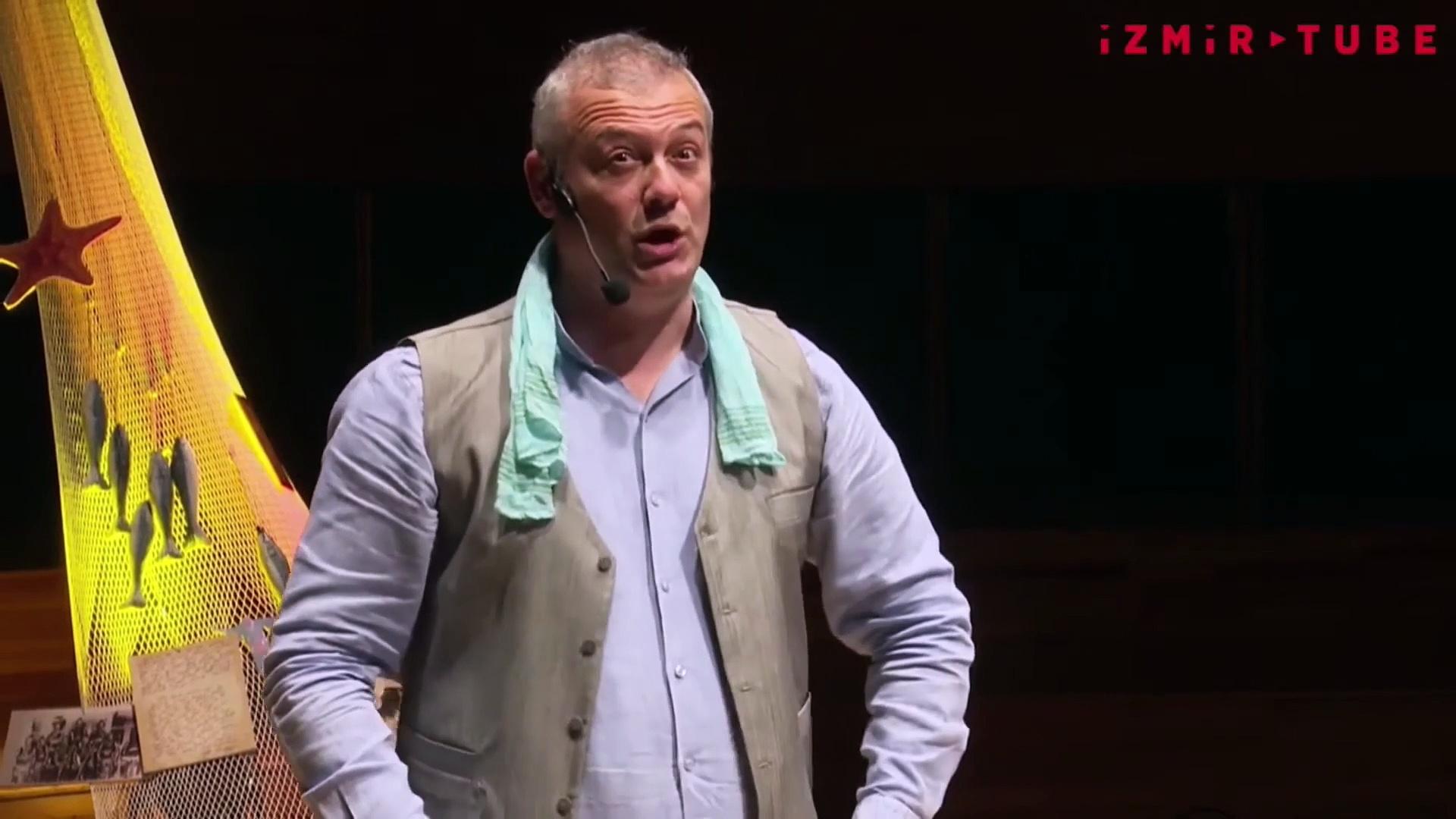 İzmir Büyükşehir Belediyesi'nden 'Ev Tiyatrosu': Levent Üzümcü / Anlatılan Senin Hikayendir