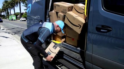 Delivery drivers face pandemic without sick pay, insurance, sanitizer