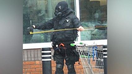 Atuendo apocalíptico para ir a hacer la compra