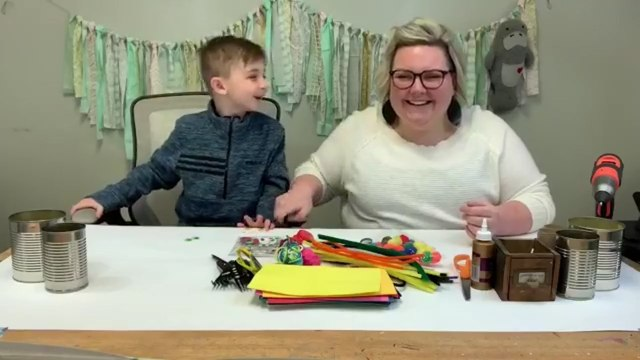 Ohio Artist Saves Parents With Free Art Classes For Kids