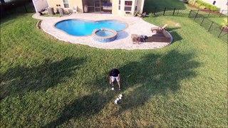Il livre du papier toilette à son voisin avec son drone