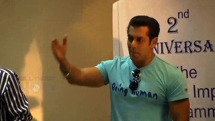 Salman Khan Talks About Doing Charity, Fake Medical Reports Shown by People For Money