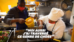 Réfugiés et cuisiniers, ils préparent les repas des soignants et des démunis