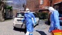 Italian doctor treats coronavirus patients at home