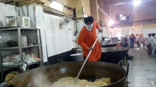 Delhi Banglasahib gurudwara prepares food for 20,000 people everyday twice