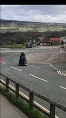 En Angleterre, ce sont les Daleks qui font respecter le confinement !