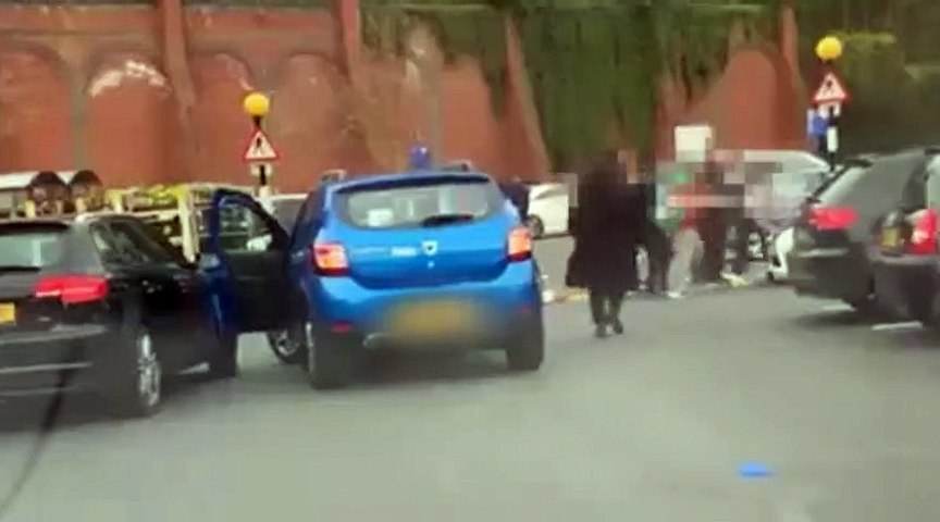 Roundhay Road parking fight
