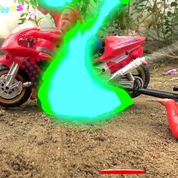 Kids Toy Videos US - Spiderman, moto, bicicleta, vehículo de rescate, camión de basura-juguetes para niños G270C