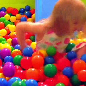 """""""The Ball Pit Show"""" for learning colors"""