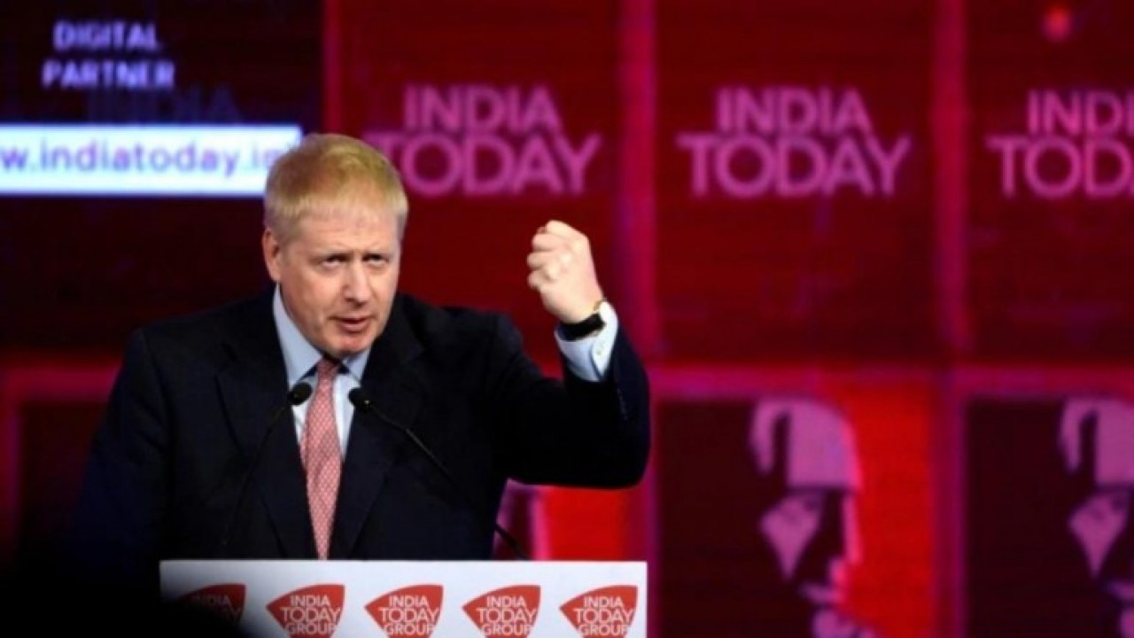 UK PM Boris Johnson moved to ICU after coronavirus symptoms worsen